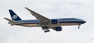 English: Boeing 777-2Q8/ER of AeroMexico. Espa...