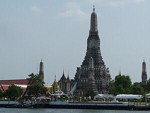 The buddhist temple Wat Arun in Bangkok.
