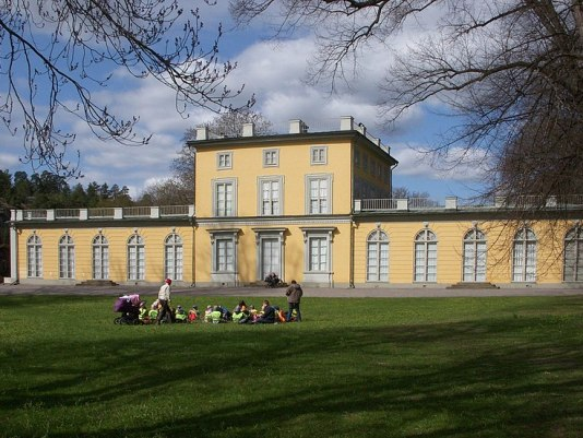 File:Gustav III paviljong maj 2010.jpg