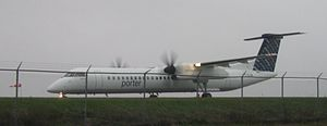 Porter Airlines Dash-8 at Ottawa Macdonald-Car...