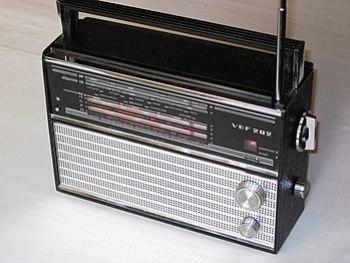 English: VEF-202 transistor radio, USSR, 1971