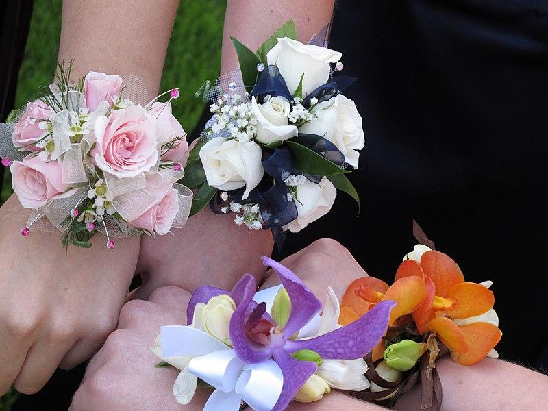 File:Wrist corsages.jpg