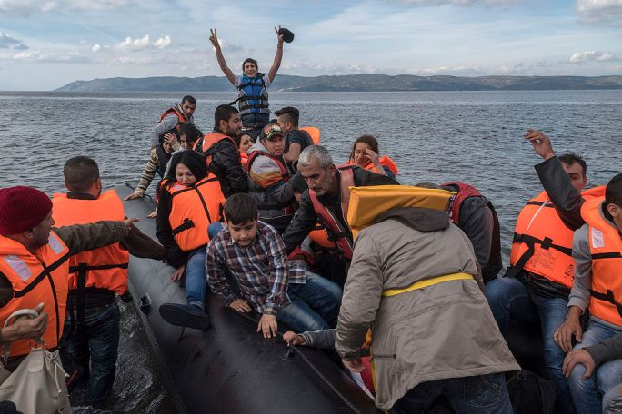 20151029 Inflatable boat with Syrian Refugees Skala Sykamias Lesvos Greece