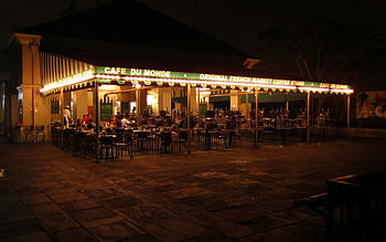Cafe Du Monde in New Orleans, LA, at night.