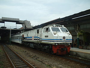 U20C Locomotive Idle at Semarang Tawang Statio...
