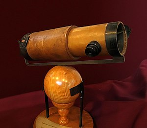 A replica of Newton's second reflecting telesc...
