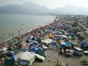 Nudist_beach_in_Koktebel