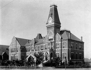 English: St. Vincent's College (now Loyola Mar...