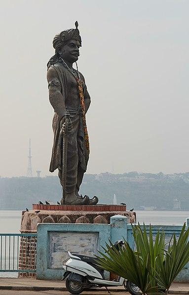 Statue of Raja Bhoja