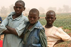 English: Children near Tahoua, Niger, Africa.