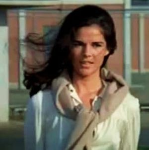 English: Ali MacGraw in the trailer for The Ge...