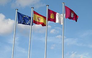 Banderas de la Unión Europea, España, Castilla...
