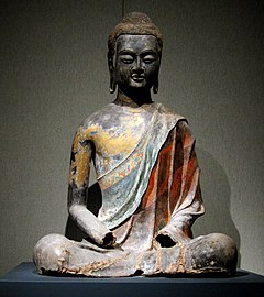 Buda sentado de la dinastia Tang (provincia de Hébei), alrededor del 650.
