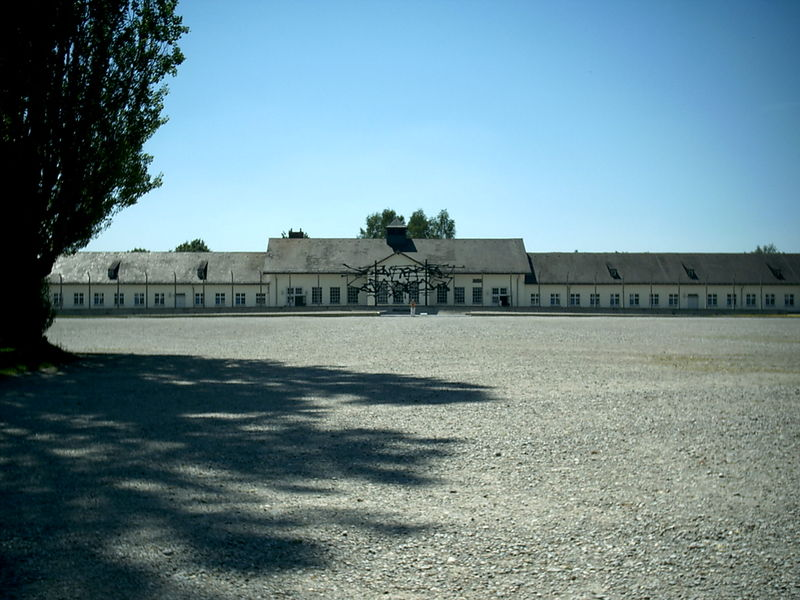 File:Dachau-kommandatur.JPG