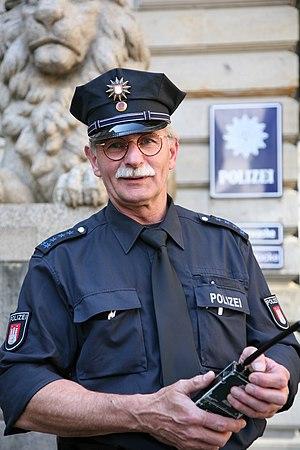 Deutsch: Polizeihauptmeister MZ (mit Zulage) a...
