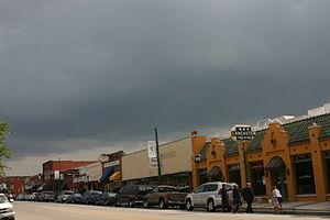 English: Main Street Grapevine, Texas, USA Fra...