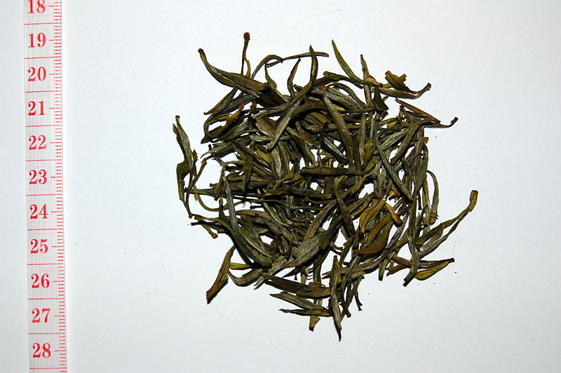 File:Maofeng (medium grade, spring 2007).jpg