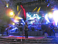 Dream Theater live pada tahun 2011.