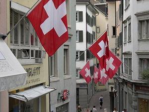 Swiss Flags in Zürich