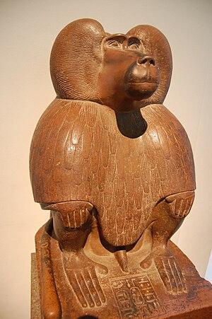 English: Quartzite sculpture of a baboon (c. 1...