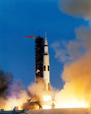 Apollo 13 liftoff