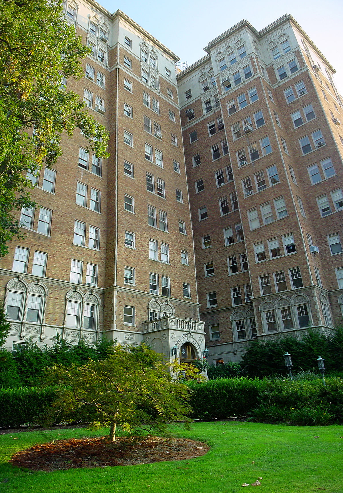 Commodore Apartment Building Louisville Kentucky