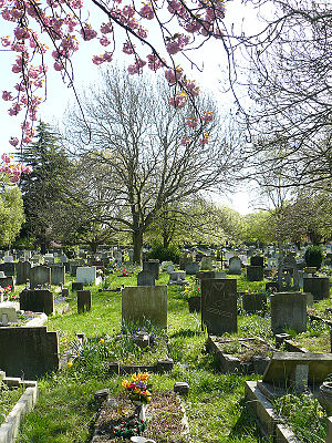English: Graveyard in Barnes