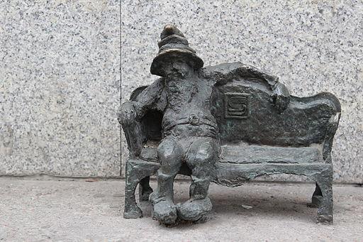 Kanapownik (Couch Potato) Wroclaw dwarf 02