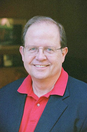 English: Casual photo of Dr. Ted Baehr