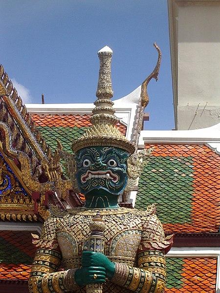 File:Bangkok statue.jpg