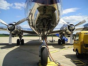 DC-6B nose landing gear