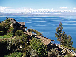 Lake_Titicaca_on_the_Andes_from_Bolivia