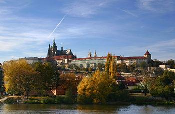 Panoramic view of Prague Castle Česky: Panoram...