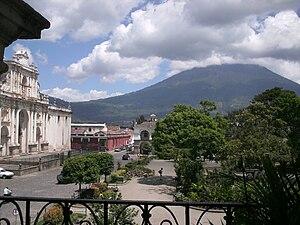 Fotografia de la Antigua Guatemala en un dia S...