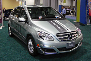 Mercedes-Benz F-Cell (Hydrogen fuel cell-power...