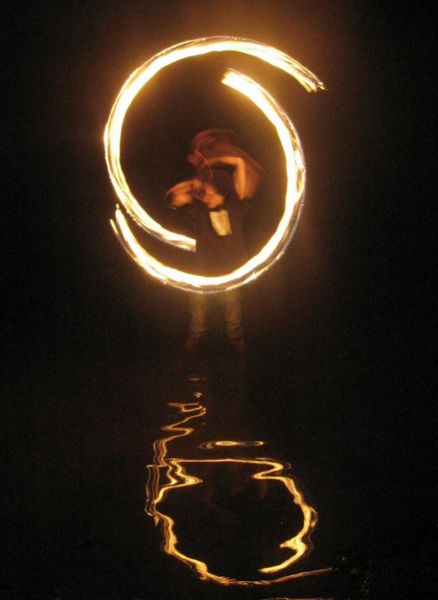 File:Fire dancing in the water 20060623 TVR.jpg