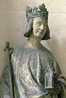 Charles V(statue conservée au Musée du Louvre)