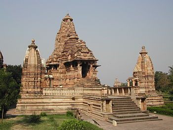 English: This is the Lakshmana temple in Khaju...