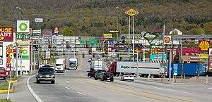 The short stretch of U.S. Route 30 in Breezewo...