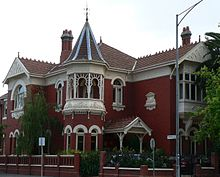 external image 220px-Federation_style_mansion_in_domain_street_south_yarra.jpg
