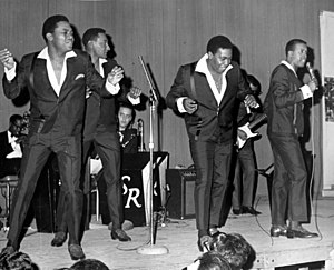 English: The Four Tops in concert, New Rochell...