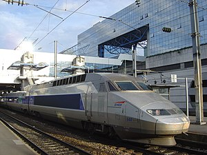 A TGV Réseau trainset 540 at Rennes, in Brittany
