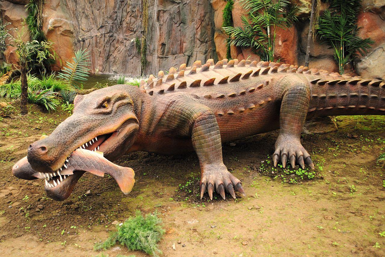 FileDinosaurios Park SarcosuchusJPG Wikimedia Commons