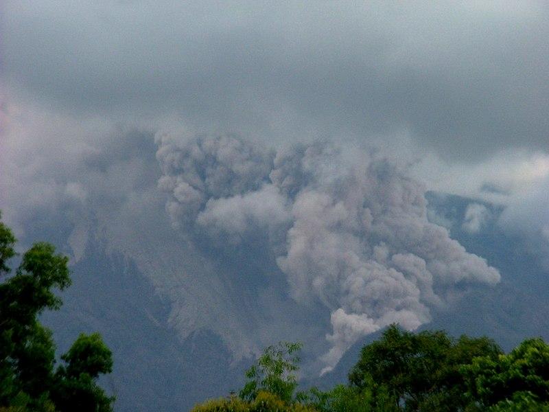 File:Merapi pyroclastic flows.jpg
