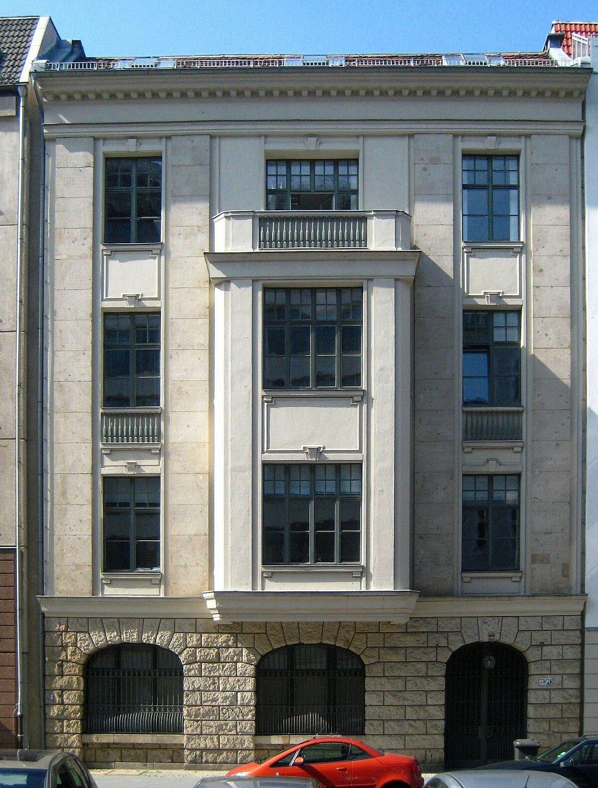 Berlin, Mitte, Kronenstraße 73-74, Wohn- und Geschäftshaus 01.jpg