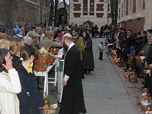 Russian Orthodox Easter ceremony in Lvov (West...