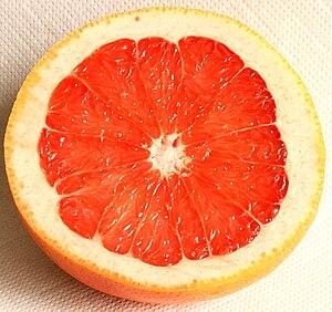 Grapefruit Schnitt rose Zypern
