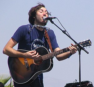 English: Matt Costa playing live at the 2006 C...