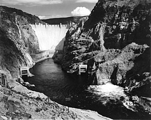The Panama Canal and Hoover Dam (1/3)