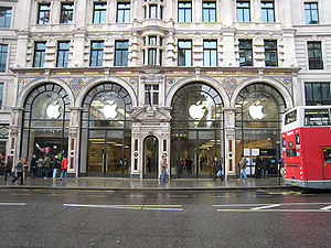 Apple Store in Regent Street, it was my first ...